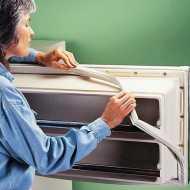 اصلاح تلف باب الثلاجة الخارجي بكل سهولة بالصور